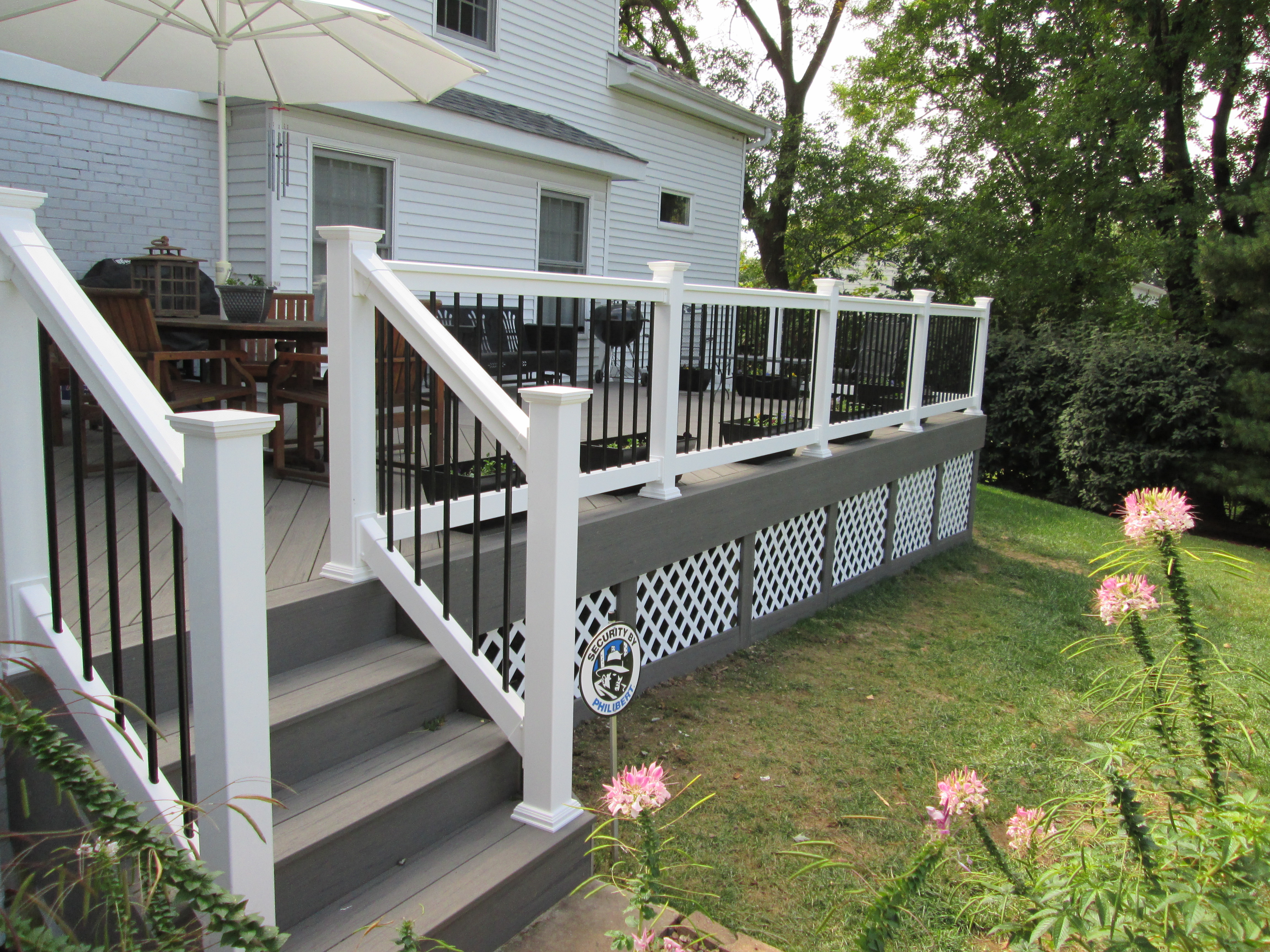 Choosing A Color Scheme For Your Deck St Louis Decks Screened throughout proportions 4608 X 3456
