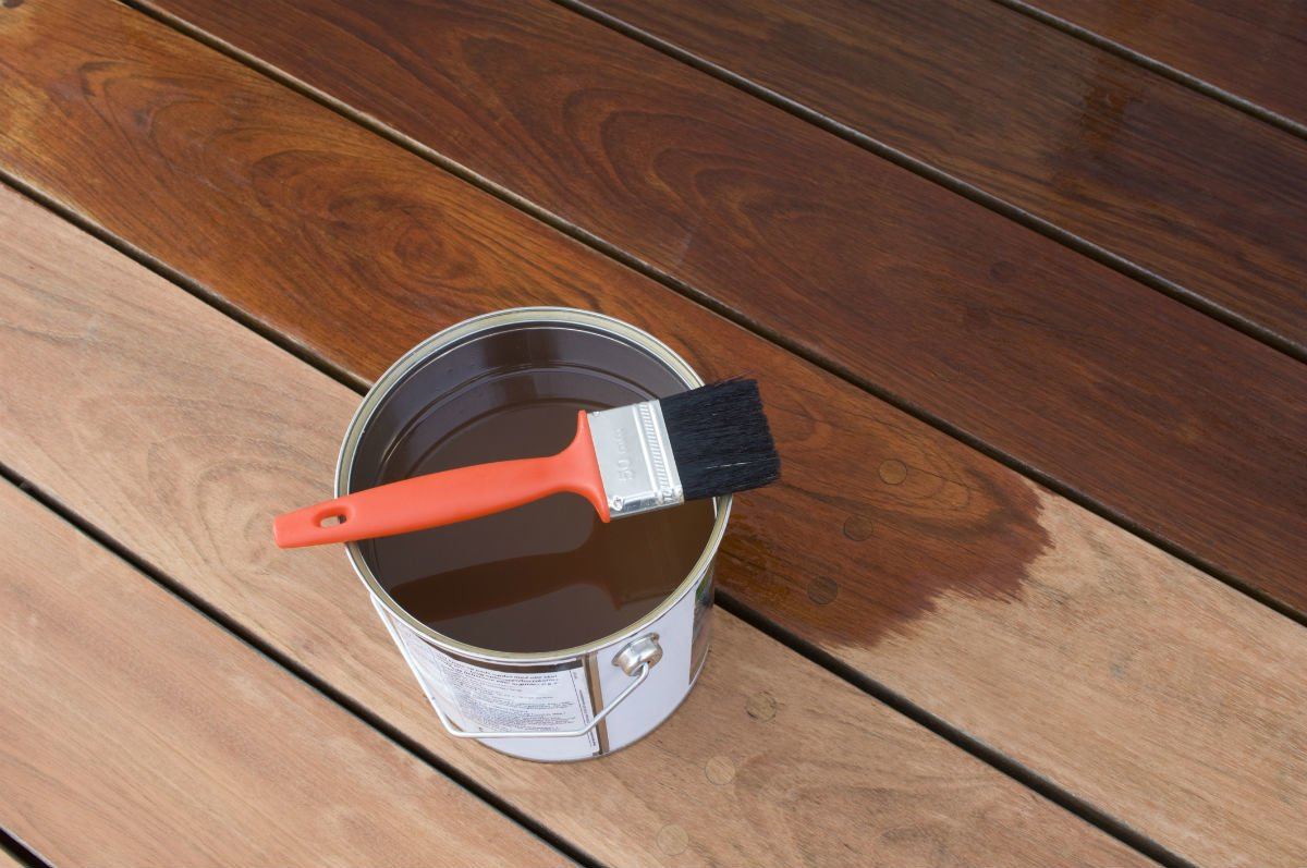 The Best Deck Stain According To Diyers Bob Vila for size 1200 X 797