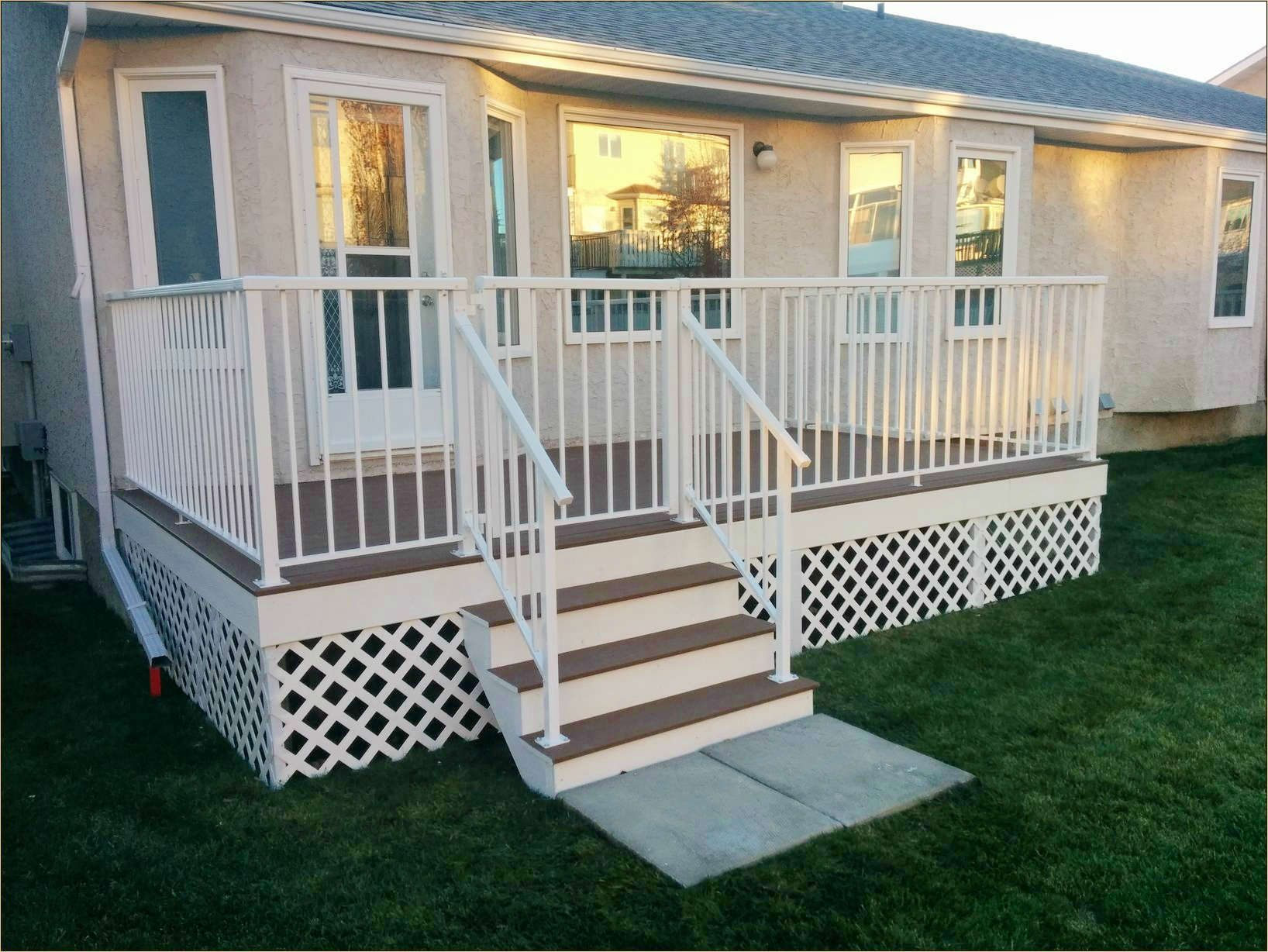 Trex Deck With White Fascia And Railing Back Yard Lattice Deck inside sizing 1636 X 1228