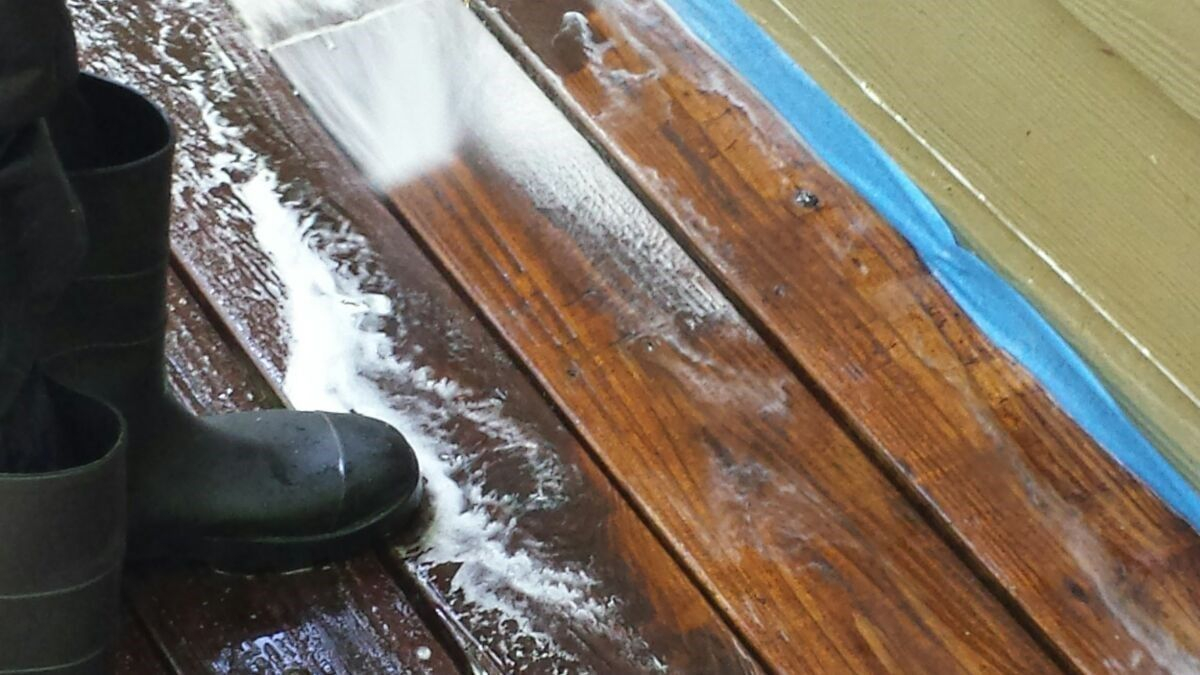 Using A Pressure Washer To Clean A Deck Decks in sizing 1200 X 675
